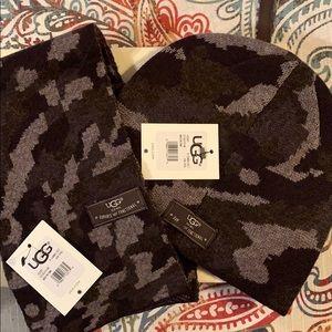 UGG ~ Boys hat/scarf set BNWT!